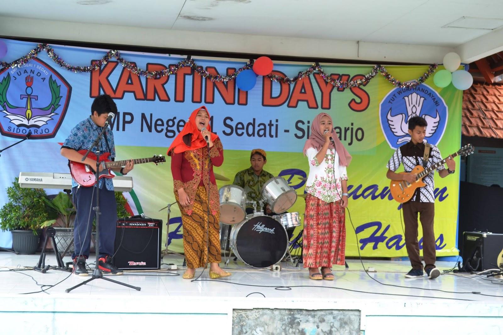 Peringatan Hari Kartini 2016 di SMP Negeri 1 Sedati