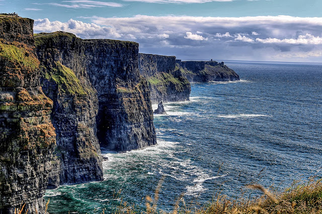 cliff-of-moher-4520630_960_720.jpg