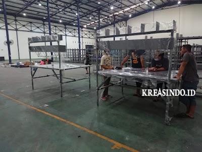 Jasa Meja Packing Besi Surabaya Kualitas Unggul dan Bergaransi