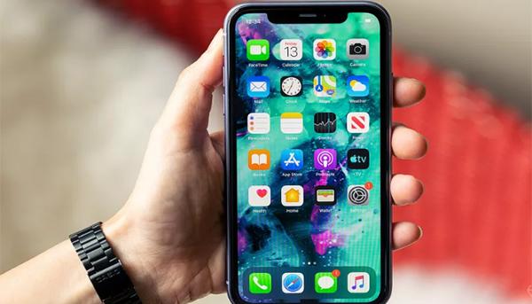 خطأ نصي جديد في نظام iSO يعطل أجهزة iPhone مرة أخرى