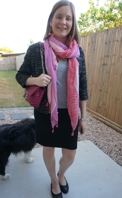 business causal grey tee pencil skirt outfit boucle blazer striped scarf magenta bag | awayfromblue