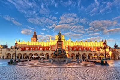 Cracovia mercato tessuti