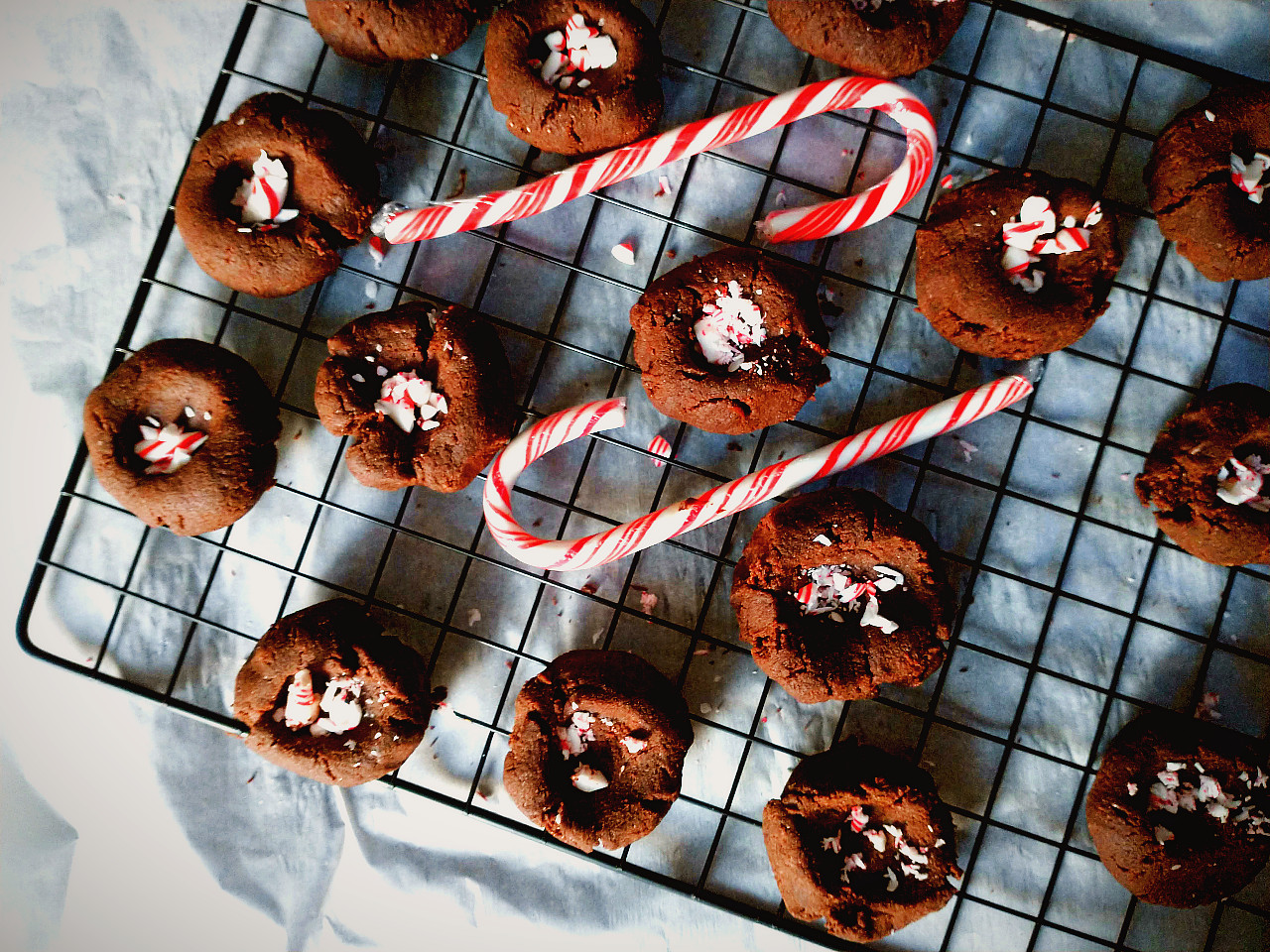 allergy-friendly-chocolate-candycane-thumbprint-cookies