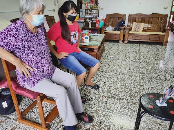 弘道同仁化身魔術師趣味直播 化解長輩居家防疫孤獨與退化