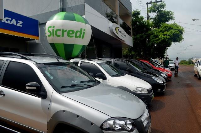 Feirão Sicredi/Center Car teve início em Roncador