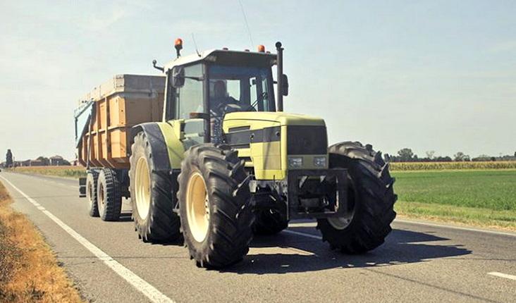 Παράταση ισχύος αδειών οδήγησης αγροτικών μηχανημάτων