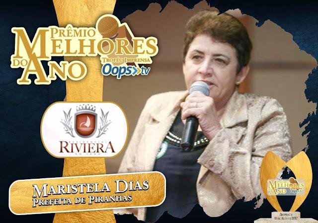 Prefeita de Piranhas, Maristela Sena Dias recebe troféu na Premiação Melhores do Ano