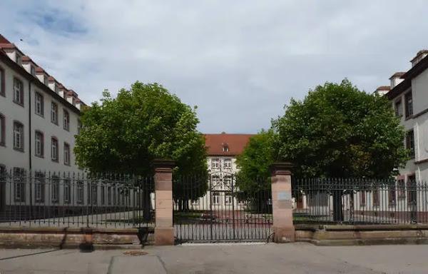 Colmar : Un adolescent de 16 ans reconnaît avoir fait exploser un mortier dans le couloir d'un lycée