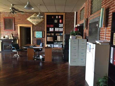 Exceptionnel The Building Had An Indoor Field Hockey Facility, Gym, Used Furniture  Store, And Other Businesses In The Space, But Koehler Saw The Potential For  Gifts U0027N ...