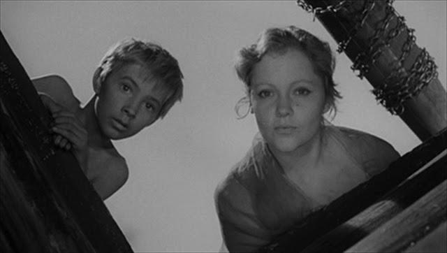 Τα παιδικά χρόνια του Ιβάν 1962 ‧ Δραματική ταινία/Ταινία πολέμου