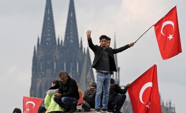 Times: Προβληματισμένοι οι Τουρκοκύπριοι από την ισλαμοποίηση της Τουρκίας