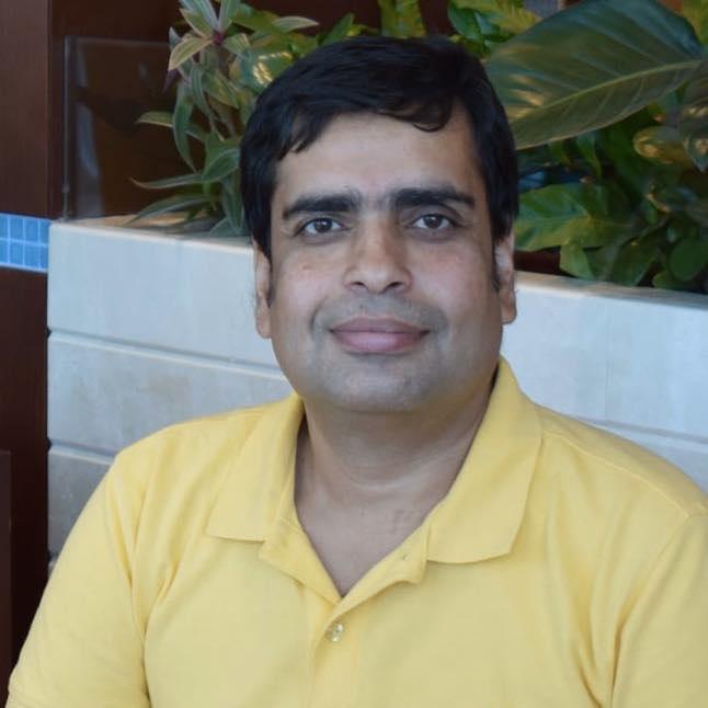चीअरलीडर (कथा) — डॉ. कुमार पद्मनाभ