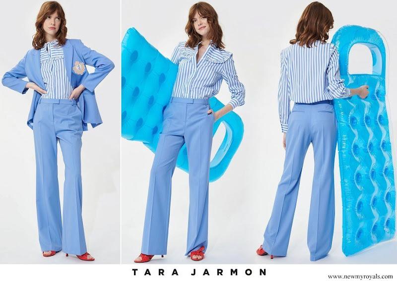 Scarlett-Lauren Sirgue wore Tara Jarmon soft blue wool pants