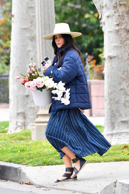 Abigail Spencer – Is spotted in Los Angeles