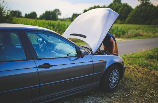 car-won't-start-battery-alternator-problem.jpg
