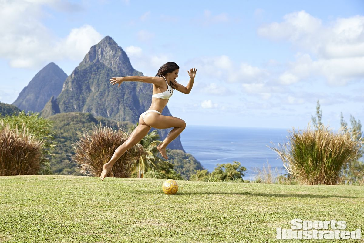 Alex Morgan Covers Sports Illustrated Swimsuit - BootymotionTV