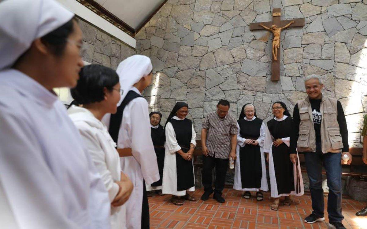 Gubernur Ganjar Imbau Masyarakat Tidak Takut Rayakan Paskah di Gereja