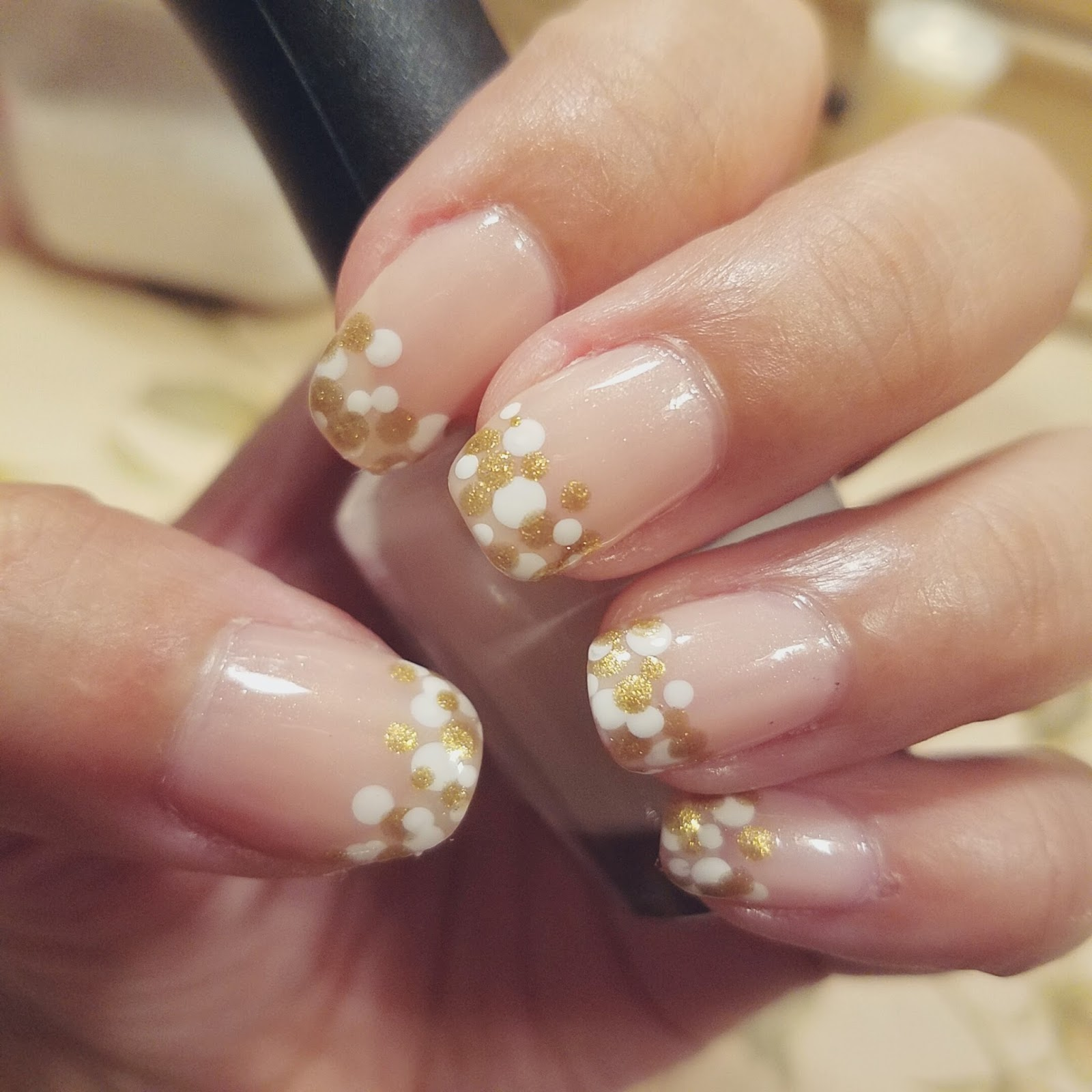 White and Gold Dots Champagne Nails - chichicho~