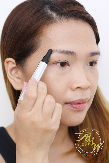 a photo of how to apply Benefit BROWVO! Conditioning Primer