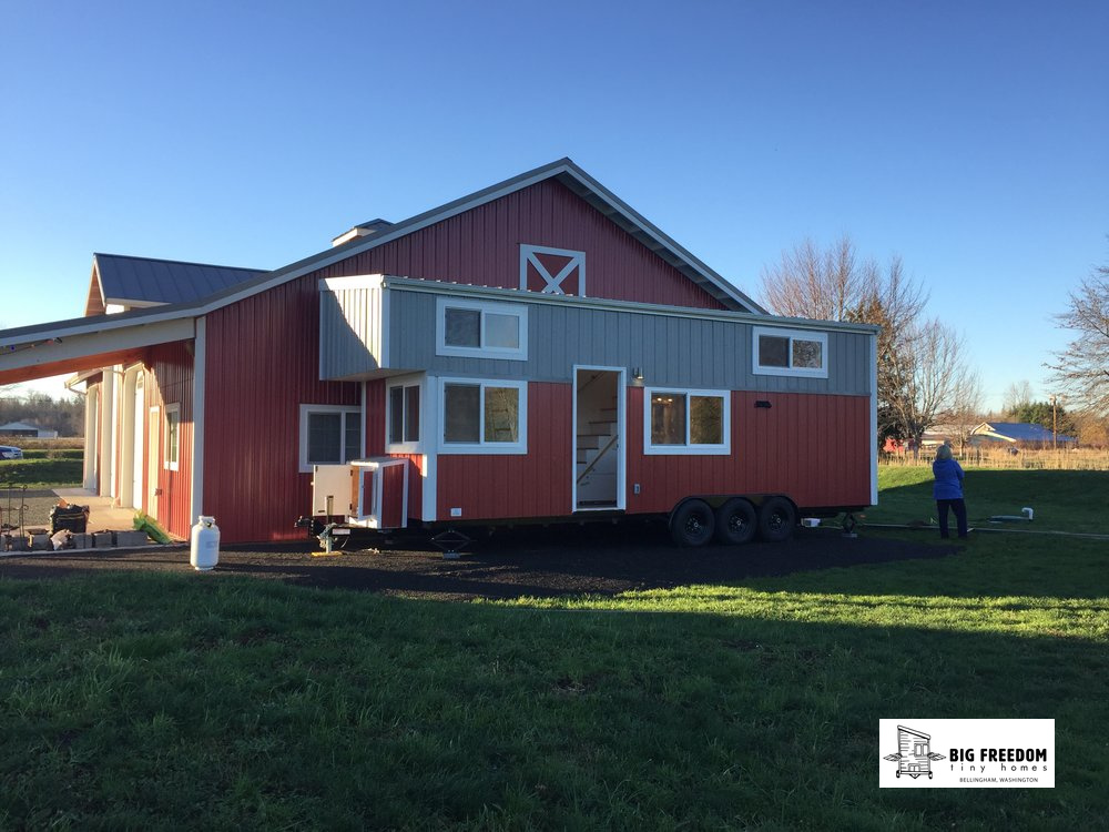 Kje tiny homes tiny house kje tiny homes came up with an for High end tiny house