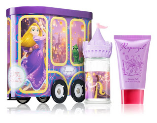 Disney predáva svoje produkty vo forme bábik, hračiek, či kabeliek