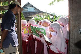 KEGIATAN OUT CLASS SISWA SD AL ISLAM KELAS 3