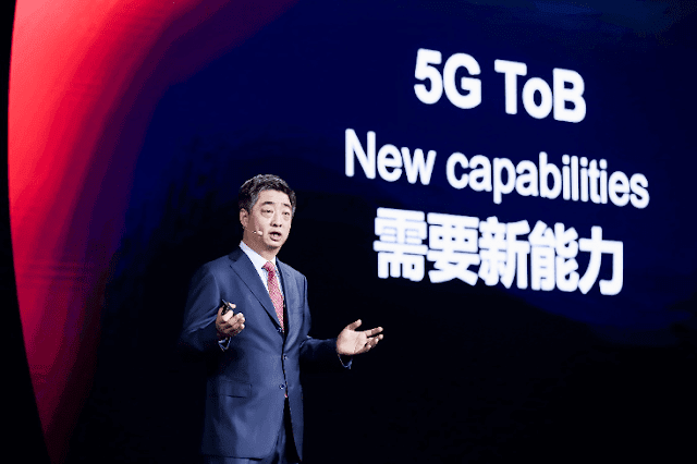 Ken Hu Huawei 5G Gizmo Manila