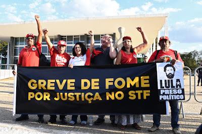 Os seis companheiros em greve de fome