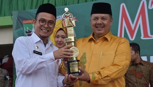 Kadis Damkar Padang Raih Terbaik I Tilawah Eksekutif Putra MTQ 38 Tingkat Sumbar
