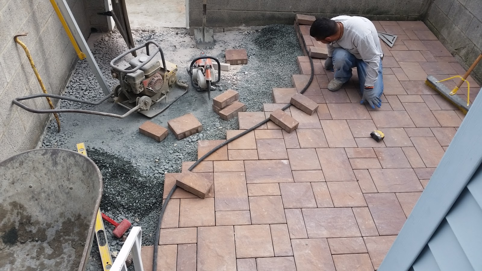 Bon Concrete And Paver Patio Combination