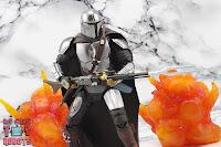 S.H. Figuarts The Mandalorian (Beskar Armor) 38