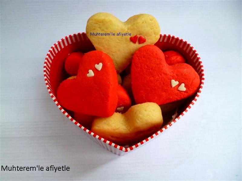 sevgililr günü için kalp kurabiye