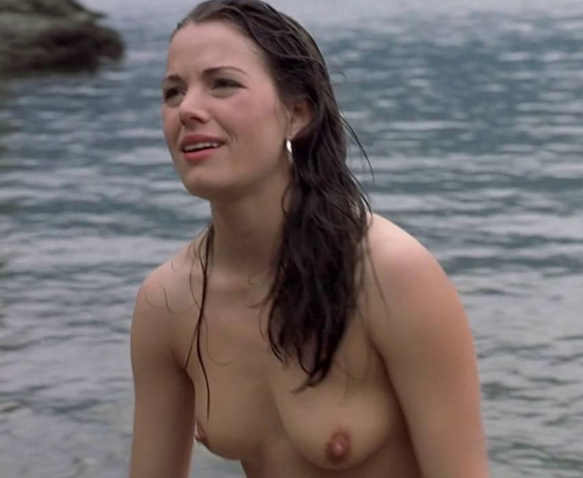 hot-naked-erica-durance