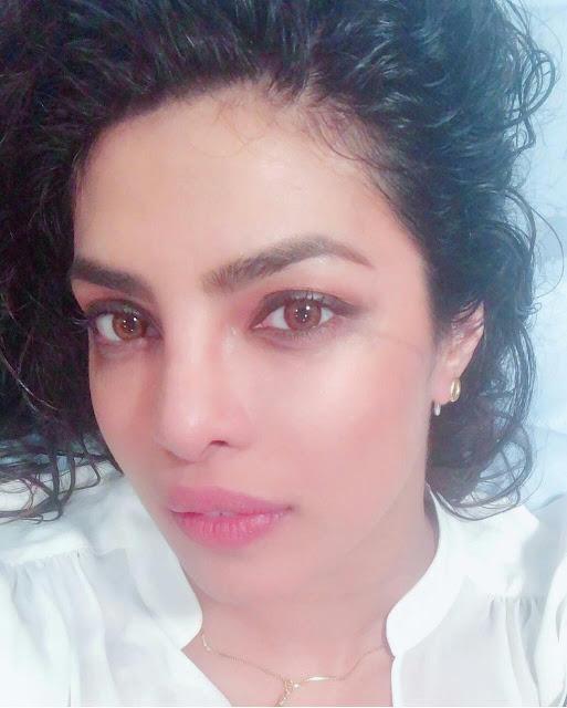 Priyanka Chopra Hot HD Wallpaper Download