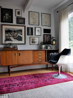 Mid-century interior design and decor idea