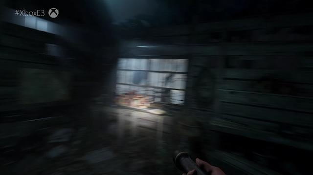Microsoft Xbox E3 2019 Blair Witch flashlight in room