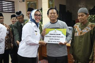 Baznas Kota Cirebon Kembali Salurkan Zakat Kepada Mustahiq