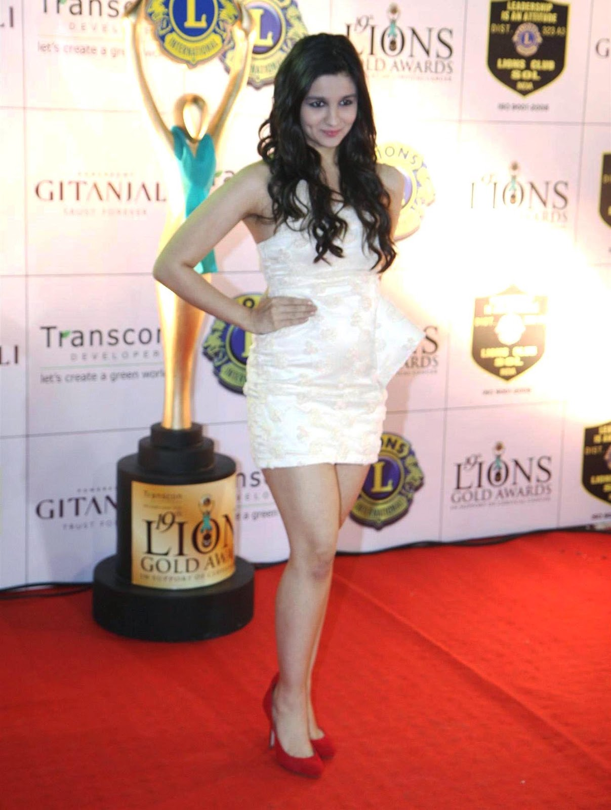 Alia bhatt hot and spicy images wallpapers - Alia Bhatt Hot And Cute Wallpapers In Hd
