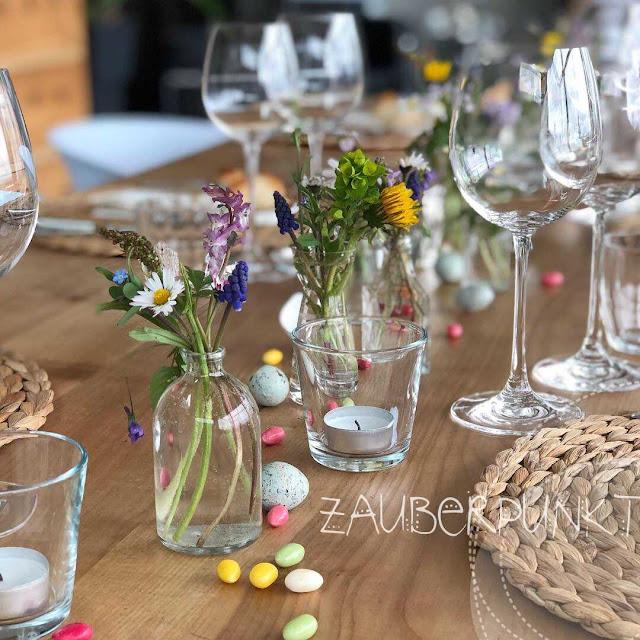Tischdekoration Tischdekoration  Ostern, Frühling, Frühlingsblumen, Zuckereier,  bunt, Tablesetting, Springtime, Herbs, Homesweethome, Daheim ist es am schönsten, Gemütlich,, Ostern, Kräuter, weiss, Tablesetting, Springtime, Herbs, Homesweethome, Daheim ist es am schönsten, Gemütlich,