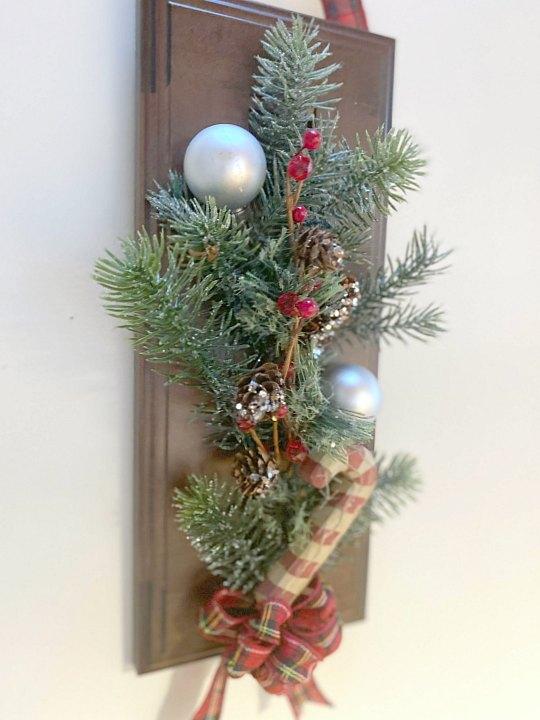 Last Minute DIY Cabinet Door Christmas Wreath