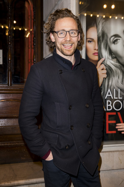 Tom Hiddleston Fashion: All About Eve Press Night (2019)