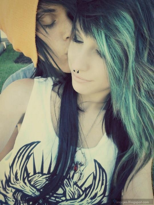 Hot Teen Emo Couple 32
