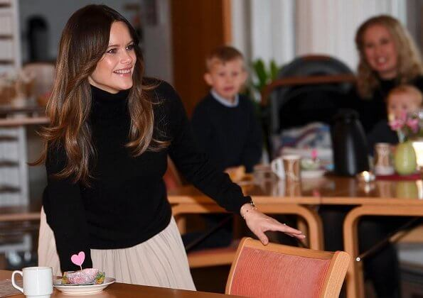 2ndday Leona brushed coat, Ahlvar Yana skirt