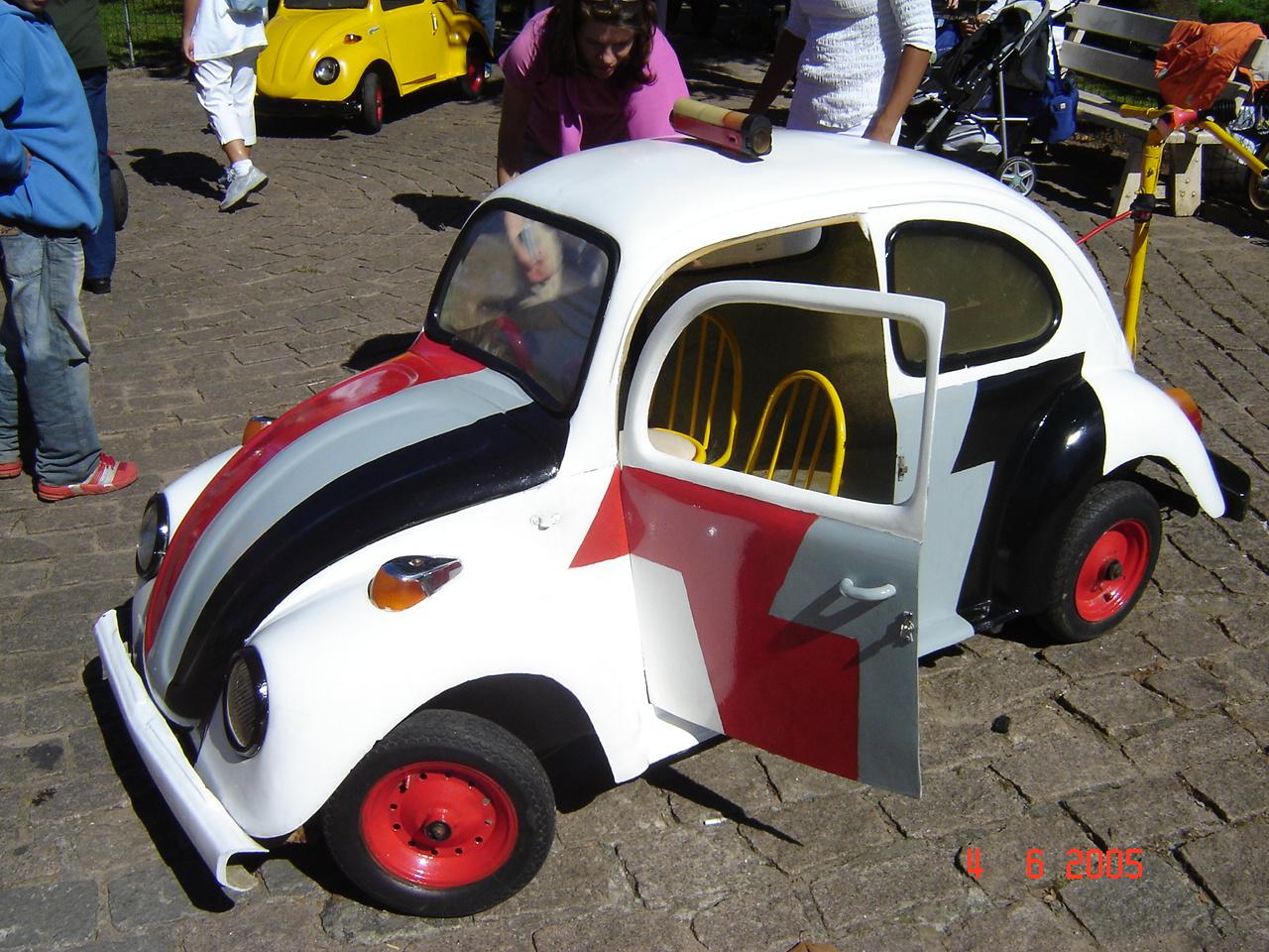 Car Toys Federal Way: Lê M.D.: Pequenos Carros De Polícia / Little Police Cars