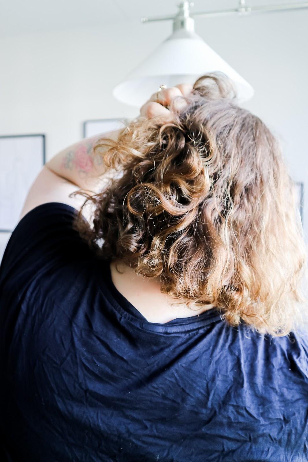 Curly Girl, Luonnonkiharat, Hiukset
