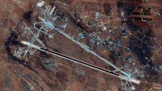 Pangkalan Udara Suriah Setelah di Bombardir Tomahawk