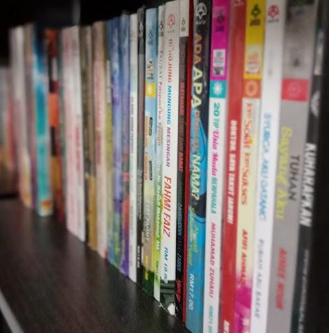 Tips Menjaga Koleksi Buku Supaya Tidak Mudah Rosak