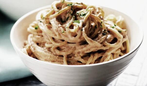 espagueti-con-crema-y-chipotle