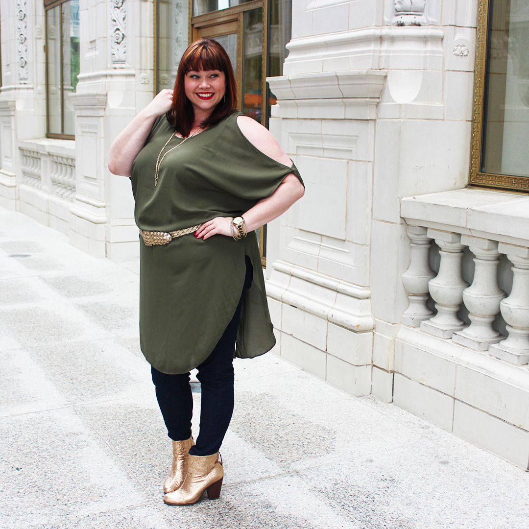 Plus Size Blogger Amber in an Olive Dress from Chic Soul Online Boutique, fall fashion, olive, olive and gold