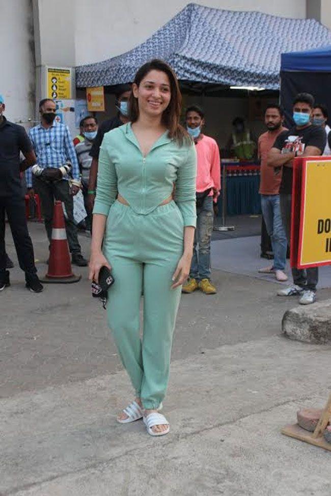 Actor Gallery: Tamanna Bhatia Snapped Shooting At Filmcity